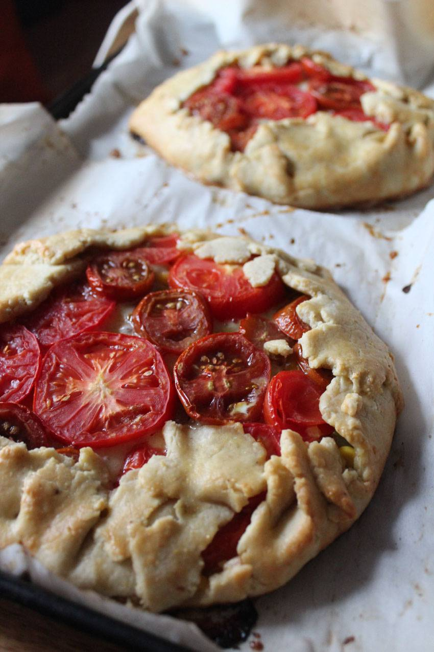 Indigenous Peoples Day: Tomato and Corn Crostata | Runaway Apricot