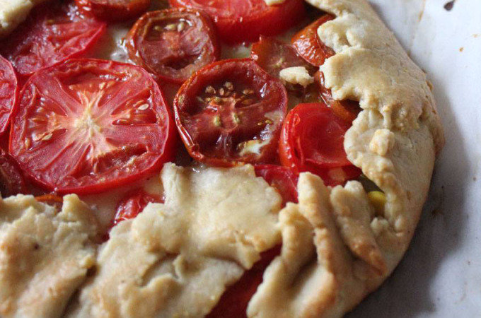 Indigenous Peoples Day - Tomato and Corn Crostata // Runaway Apricot