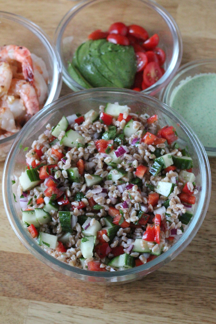 Farro Salad with Cucumber and Red Pepper - Super Healthy Meal Prep