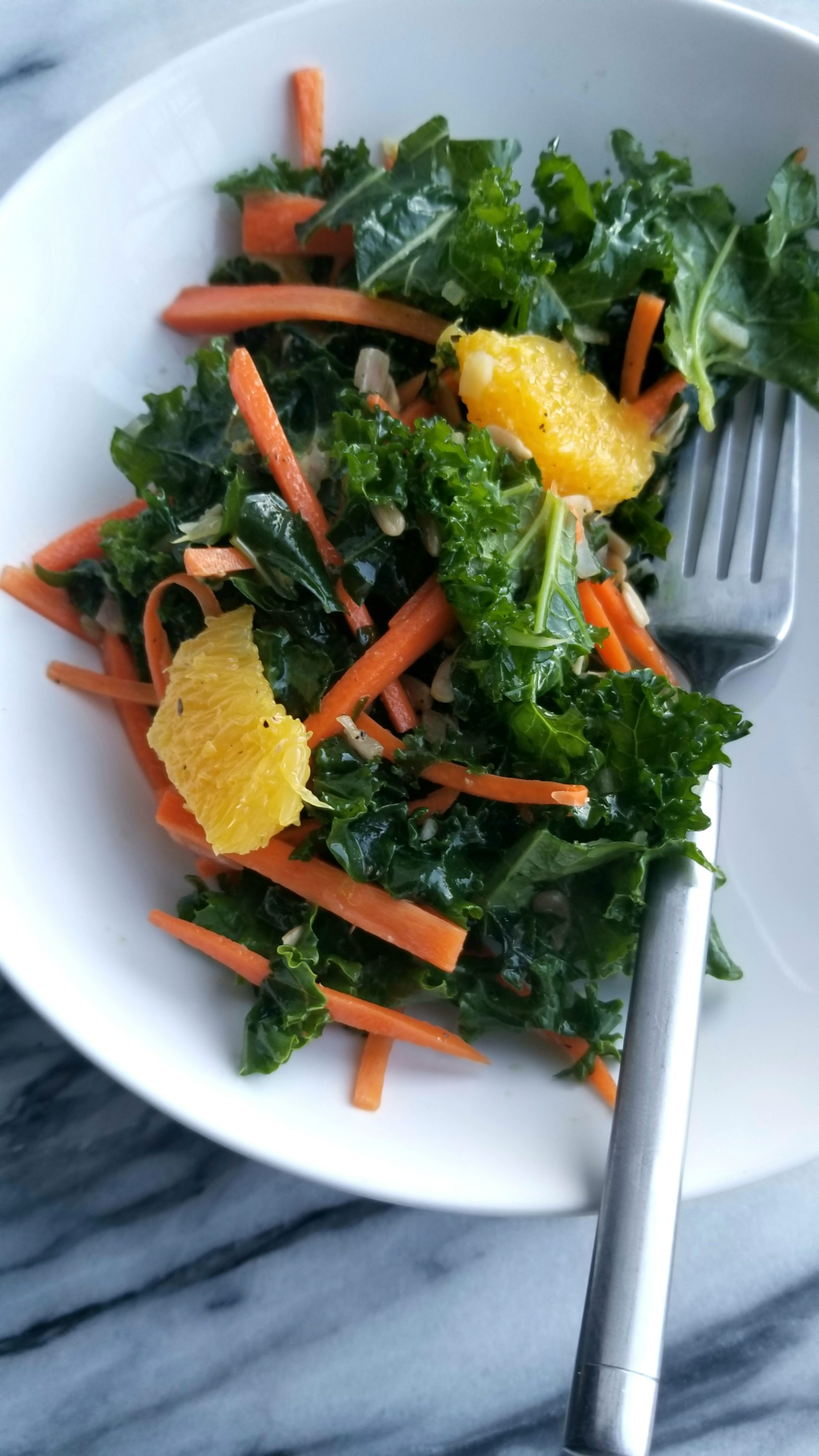 Kale Salad with Oranges, Carrots and Sunflower Seeds